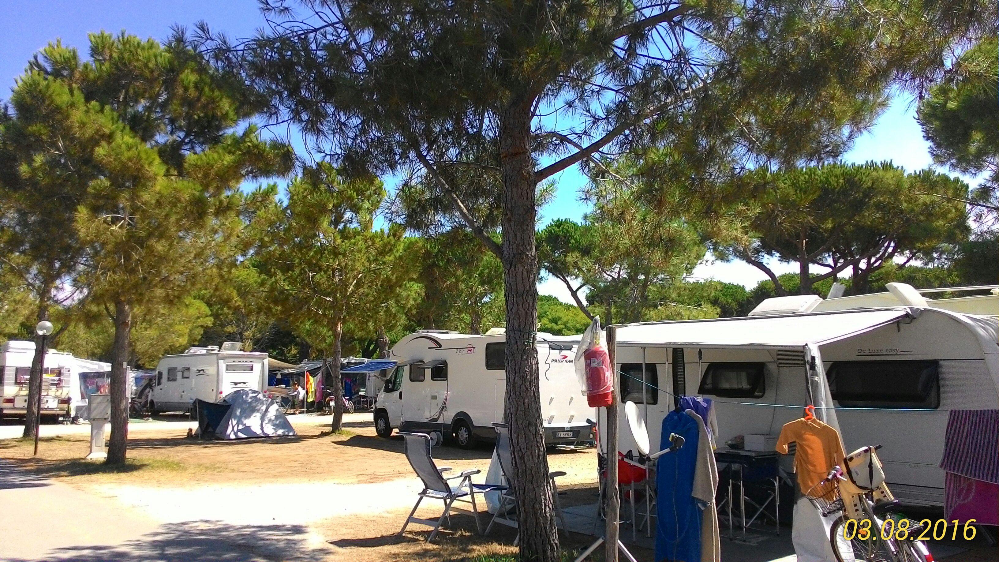 Piazzola per camper o tenda piscina campeggio orbetello - Piscina piazzola ...